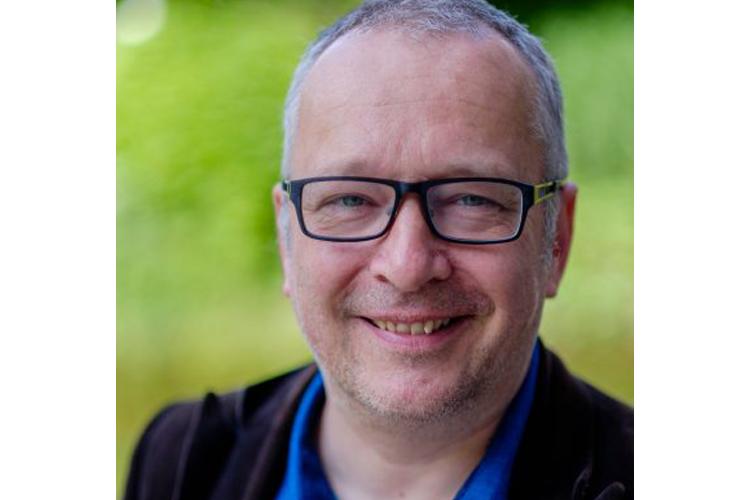 Bedrijfsjournalist Rob Hendriks aan de slag bij de overheid