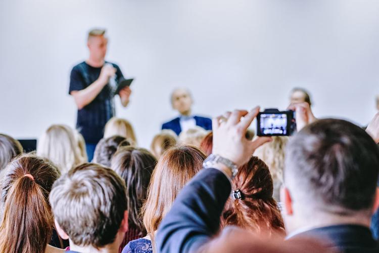 Vijf gouden regels om een speech te verknallen